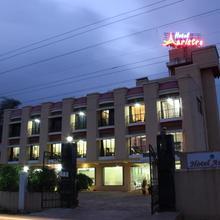 Hotel Aristro in Khandala