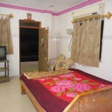 HOTEL ARYA LODGING AND BOARDING in Valha