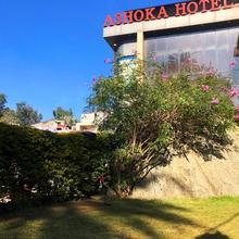 Hotel Ashoka in Delmara