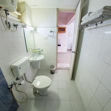Hotel Asset Summit Suites in Angamaly