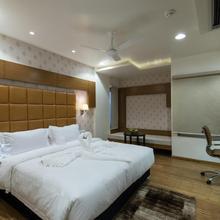Hotel Atishay in Bhopal