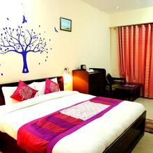 Hotel Avlokan in Nainital