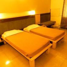 Hotel Bala Regency in Hagari