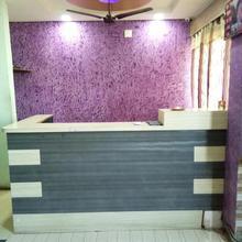 Hotel Balaji in Kanil