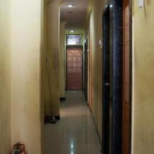 Hotel Baldev Palace in Navi Mumbai