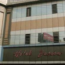 Hotel Basera in Hatia