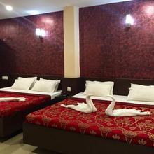 Hotel Beena Inn in Hatia