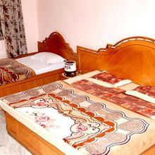 Hotel Bhagyalaxmi in Rohera