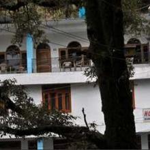 Hotel Bhandari Palace in Chamba