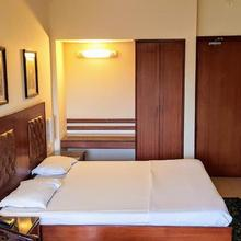 Hotel Bombay Inn in Cuttack