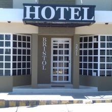 Hotel Bristol in Parana