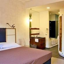 Hotel California in Rome