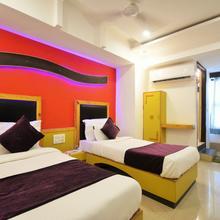 Hotel Casa in Sanand