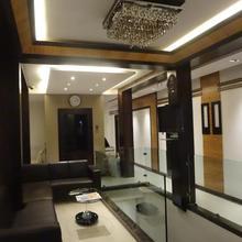 Hotel Causeway, Colaba in Mumbai