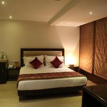 Hotel Central Palace in Dehradun