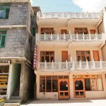 Hotel Century Gangri in Manali