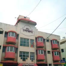Hotel Chanakya in Nagardeole