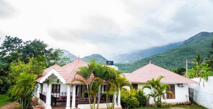 Chandana Herbal Palace in Kanthalloor