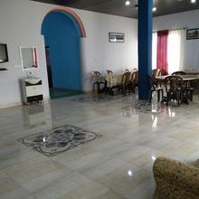 Hotel Chandra Paradise in Jaltha