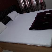 Hotel Chandra Vilas & Rasoi Restaurant in Satna