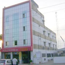 Hotel Chennis in Tannirpandlplym