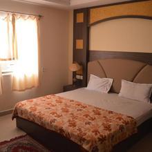 Hotel City Palace in Berhampur