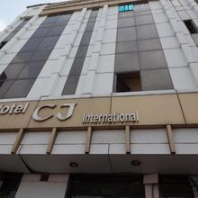 Hotel Cj International in Amritsar