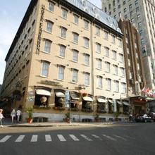 Hotel Clarendon in Quebec