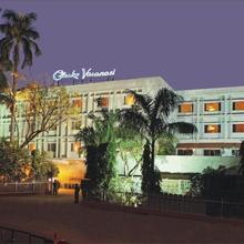 Hotel Clarks Varanasi in Varanasi