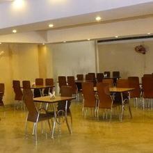 Hotel Comfort Inn in Banda