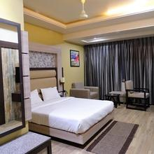 Hotel Continental Blue in Bikaner