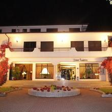 Hotel Contriz in Varziela