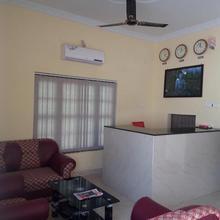 Hotel Daisy Park in Nautanwa