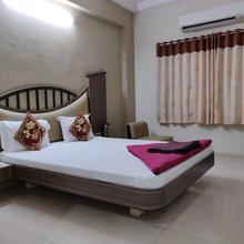 Hotel Damji in Dwarka