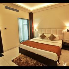 Hotel Dazzle in Agra