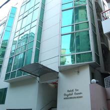 Hotel De Crystal Crown in Dhaka