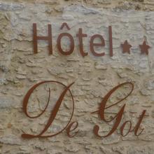 Hotel De Got in Landiras