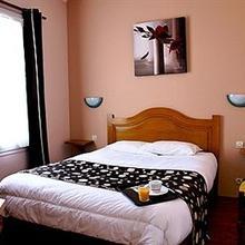 Hotel De La Place in Anctoville