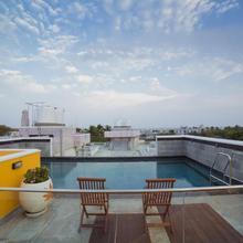Hotel De Petit in Pondicherry