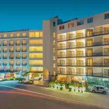 Hotel Deccan Serai in Himayatnagar