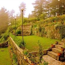 Hotel Deepwoods in Shimla