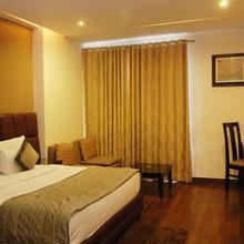 Hotel Deer Parkk in New Delhi