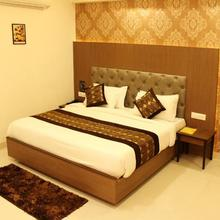 Hotel Delite Grand in Jabalpur