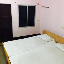Hotel Deluxe Residency in Rourkela