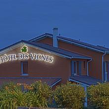 Hotel des Vignes - Le calme au coeur des vignes in Thoissey