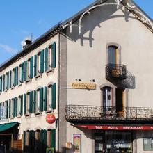 Hotel des voyageurs Chez Betty in Rezentieres