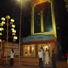 Hotel Devi Darbar in Mokama