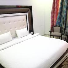 Hotel Dhanraj Palace in Bharatpur