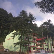 Hotel Dogra Residency Bar And Resturant in Patnitop