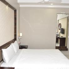 Hotel Dolphin in Sambalpur